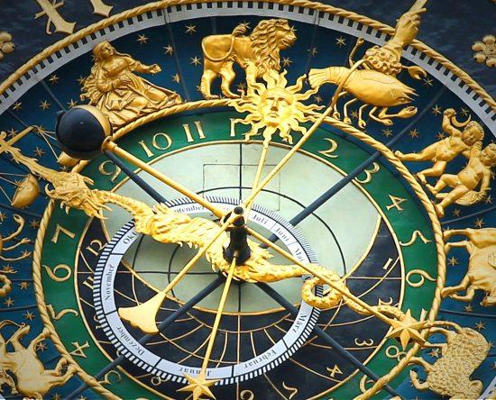 Horóscopos del mes: importancia e interpretación